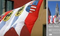 Schauplatz Niederburg: Die Wappenbanner