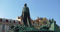 Hus Denkmal in Prag